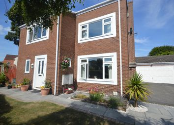 Thumbnail 5 bed detached house for sale in Broadlake, Willaston, Neston