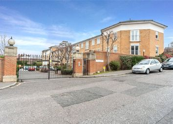 Thumbnail 2 bedroom flat for sale in Commissioners Court, Chatham, Kent