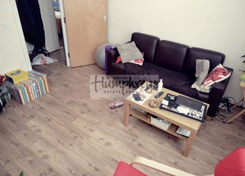 2 bed flat to rent in Shields Road, Newcastle Upon Tyne NE6