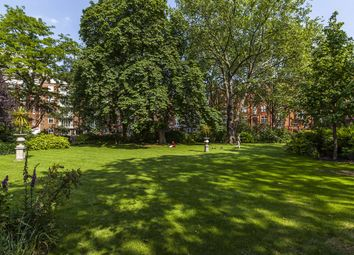 Thumbnail 4 bedroom flat to rent in Hans Place, London