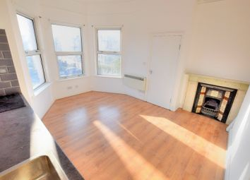 Thumbnail 1 bed flat to rent in Brownhill Road, Lewisham
