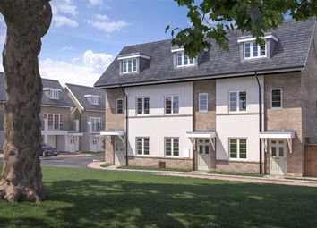 Lockesley Chase, Orpington, Kent BR5. 4 bed town house