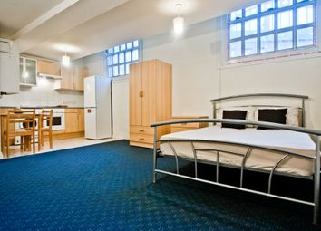 Thumbnail 1 bed property to rent in Woodhouse Street, Hyde Park, Leeds