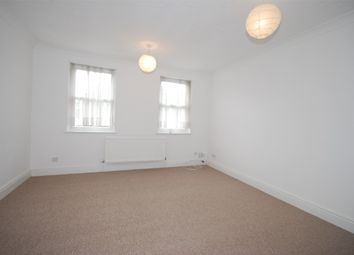 Thumbnail 1 bedroom terraced house to rent in Vicarage Drive, Beckenham