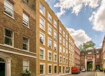 Thumbnail 3 bed flat to rent in Essex Street, Holborn