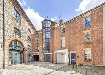 4 bed property to rent in St. Augustines Yard, Orchard Lane, Bristol BS1