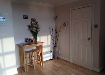 Thumbnail 1 bed flat to rent in Victoria Street, Grimsby