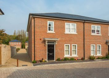Mobbs Close, South Buckinghamshire, Slough SL2. 3 bed terraced house for sale