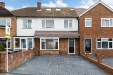 3 bed terraced house for sale in Chingford, London, London E4