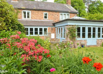 Thumbnail 4 bed cottage for sale in Chester Road, Churton, Chester