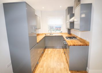 Thumbnail 2 bed flat to rent in Midland Road, Rushden