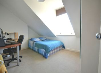 Thumbnail Room to rent in Cumberland Park, Acton, London