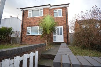 Thumbnail 3 bed detached house to rent in Crewe Road, Sandbach, Cheshire