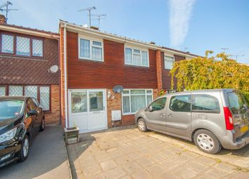 Dorset Avenue, Great Baddow, Chelmsford CM2. 3 bed terraced house