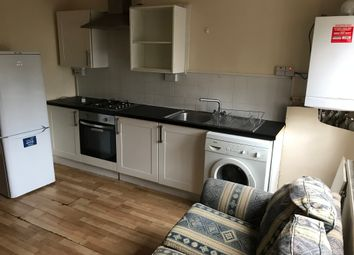Thumbnail 3 bed flat to rent in Mare Street, Hackney