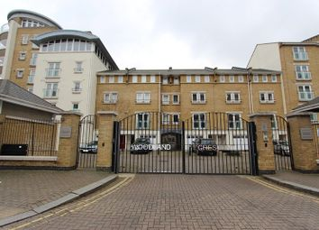 2 bed property to rent in Poplar House, 11 Woodland Crescent, Canada Water SE16