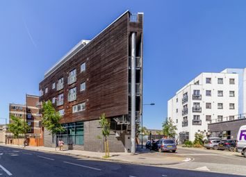 Thumbnail 1 bed flat for sale in Simone House, London, London