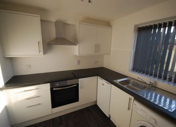Thumbnail 2 bed flat to rent in Meadow Close, London Colney