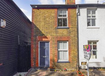 Thumbnail 2 bed cottage for sale in Queens Road, Brentwood, Essex
