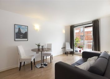Thumbnail 1 bed flat to rent in Hardwick Street, Clerkenwell, London