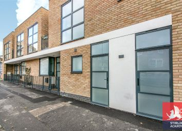 Thumbnail 3 bed property for sale in Crossway, London