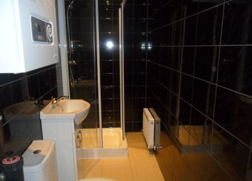 Thumbnail 6 bedroom terraced house to rent in Kinver Walk, Reading