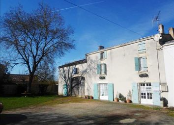 Thumbnail 3 bed property for sale in Poitou-Charentes, Charente-Maritime, St Pierre D Amilly