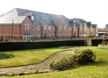 Thumbnail 2 bed flat for sale in Westgate, Worksop