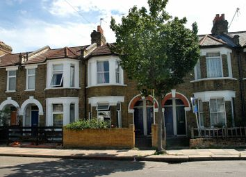 Thumbnail 1 bed flat to rent in Petersfield Road, Acton