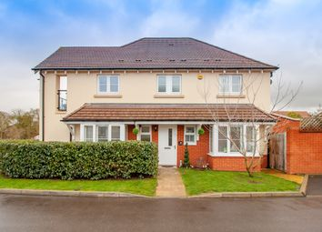 Thumbnail 4 bed detached house for sale in Foxglove, Woodley, Reading