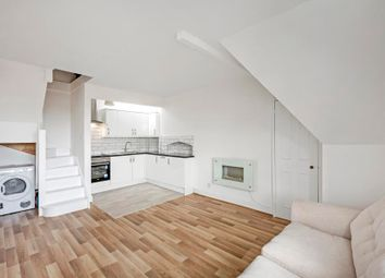 Thumbnail 1 bed flat to rent in Richmond Hill, Richmond