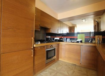 3 bed shared accommodation to rent in Asher Way, London E1W
