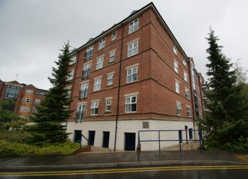Thumbnail 3 bed flat to rent in Carisbrooke Road, Headingley, Leeds