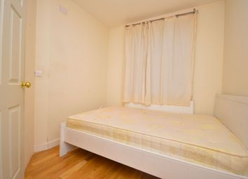 1 bed property to rent in Steels Lane, (Small Double Room), London E1