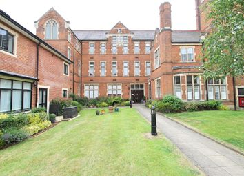 2 bed flat for sale in Marlborough Drive, Bushey WD23