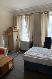 Thumbnail 5 bed flat to rent in South Clark Street, Meadows, Edinburgh