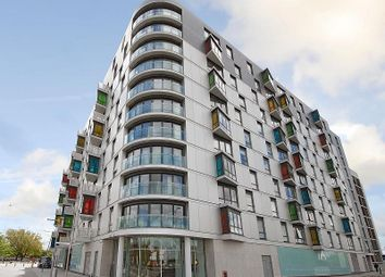 Thumbnail 2 bedroom flat for sale in Hermitage, Chatham Street, Reading