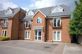 Thumbnail 2 bed flat to rent in Lundy Lane, Reading