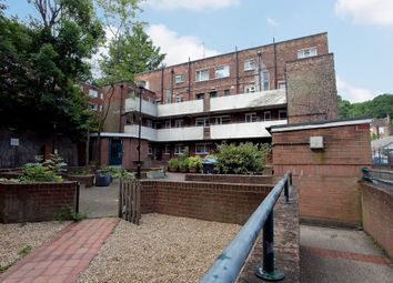 Thumbnail 3 bed flat to rent in Summersby Road, London