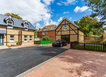 2 bed flat for sale in Wharncliffe Road, Boscombe, Bournemouth BH5