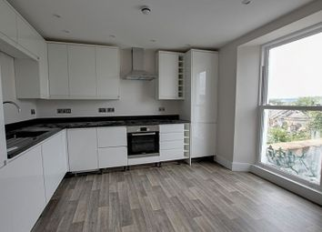 Thumbnail 2 bed flat to rent in Calton Road, Bath