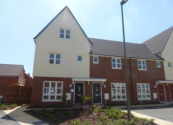 Thumbnail 3 bed property to rent in Farleigh Drive, Aylesbury