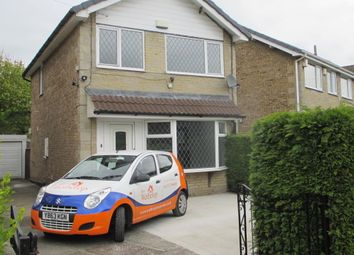 Thumbnail 3 bedroom detached house to rent in Hillside Grove, Pudsey, Leeds