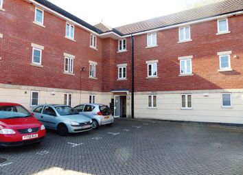 Thumbnail 2 bed flat for sale in Muirfield Close, Lincoln