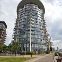 Thumbnail 1 bed flat to rent in Crews Street, Canary Wharf