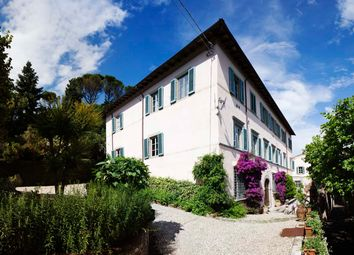 Thumbnail 9 bed villa for sale in Lucca, Tuscany, Italy