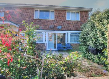 Bannings Vale, Saltdean, Brighton BN2. 2 bed maisonette