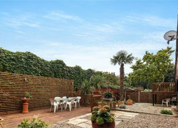 Thumbnail Property to rent in Capstan Way, London