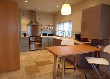 Thumbnail 1 bed flat to rent in London Road, Stockport
