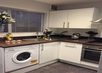 Thumbnail 2 bed property to rent in West Street, Croydon